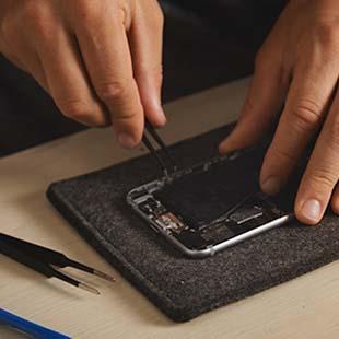 Saiba quais cuidados ter antes do orçamento conserto de Iphone
